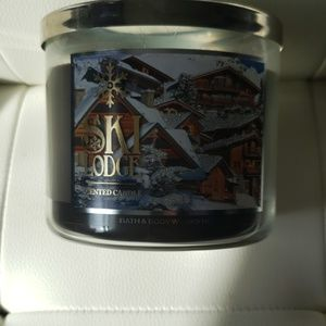 Ski lodge candle.